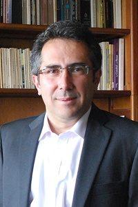 Hernando Rojas headshot