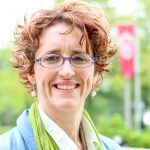 Sue Robinson headshot