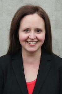 Lindsay Palmer headshot